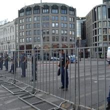 Police cordon at Deák Square.
