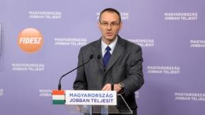 Fidesz Spokesman Róbert Zsigó: the Curia stood on the side of banks.
