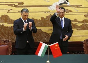 Prime Minister Viktor Orbán and Premier Li Keqiang at a meeting in Beijing.