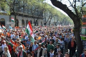 The Peace March proceeds down Andrássy Avenue toward Heroes' Square.