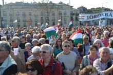 Peace Marchers listen to Prime Minister Orbán's speech on Heroes' Square.