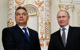 Orbán and Putin seal the Paks Nuclear Power Plant deal at the Russian president's residence near Moscow on January 14, 2014.