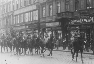 Romanian cavalry unit enters Budapest in early August 1919.