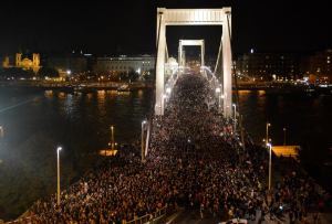 October 28 demonstration in Budapest against the proposed Internet tax (Orange Files photo).