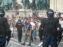 Anti-gay demonstrators confront riot police during the annual Budapest Pride parade (7/5/2008).