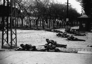 Royal Hungarian Army troops take cover in city of Zombor (Sombor) during invasion of Yugoslavia.