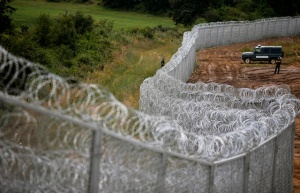 Security fence along Bulgaria's border with Turkey (photo: Reuters).
