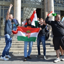 Radical nationalists chant anti-migrant slogan at Eastern Railway Station.