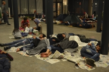 Refugees sleeping at the Eastern Railway Station (photo: Orange Files).