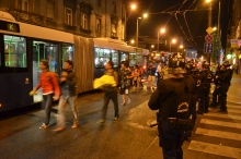 Refugees board buses bound for Austria.