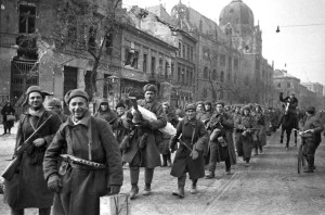Red Army troops march down Üllői Avenue in Budapest.