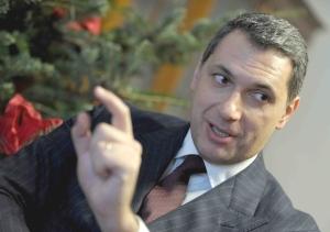 Prime Ministry chief János Lázár (source: Népszava).