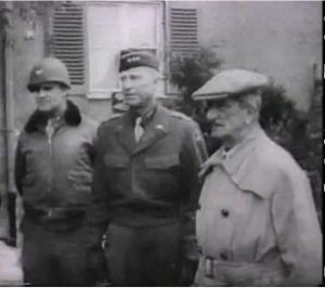 Former head of state Miklós Horthy (right) in U.S. captivity in 1945.