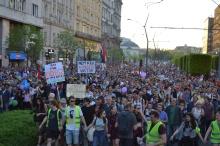 Demonstrators on Károly Boulevard.