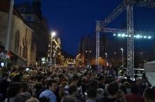 Demonstrators on Lajos Kossuth Avenue.